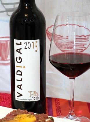 Copa de vino Valdigal 2015 - Destino Castilla y León