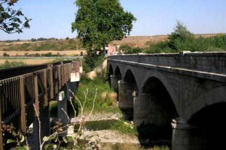 El muy restaurado Puente El Canto de Belorado - Imagen de Turismo Belorado