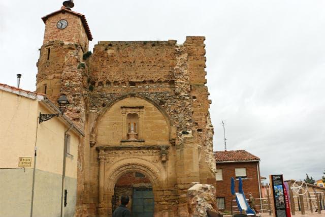 Ruinas de la Iglesia de San Nicolás de Belorado - Destino Castilla y León