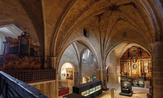 Museo de Arte Sacro en el interior de la Iglesia de San Juan - Imagen de ADRI Aranda de Duero