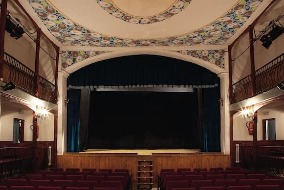 Teatro Liceo León Felipe - Imagen de Inventrip