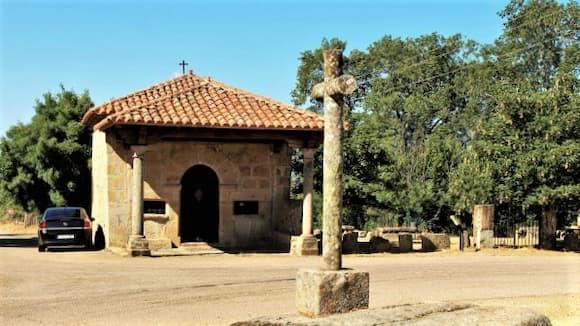 Ermita del Humilladero de Sequeros - Imagen de Rincones Ibéricos