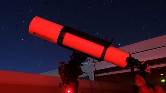 Equipo de observación nocturno de CAT - Imagen de Cielo y Tiedra
