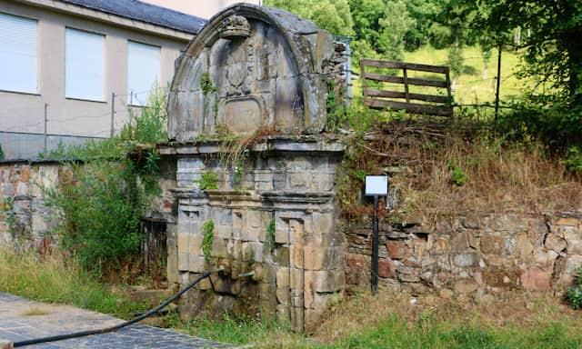 Fuente de la Vida del Monasterio de Vega de Espinareda - Destino Castilla y León