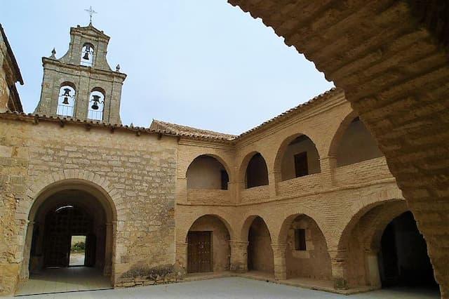 Ermita de Ntra. Sra. de Tiedra Vieja - Imagen de FotoLaguna2000