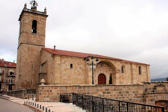 Iglesia de San Cristóbal de Quintanar de la Sierra - Imagen del QuintanarDeLaSierra